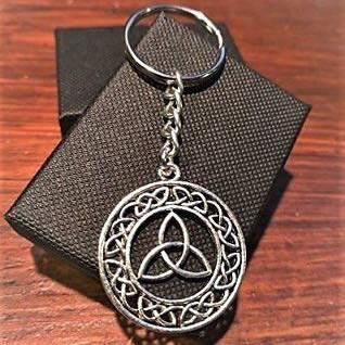 Handmade Silver Celtic Triquetra Knotwork Circle Keychian with Gift Box