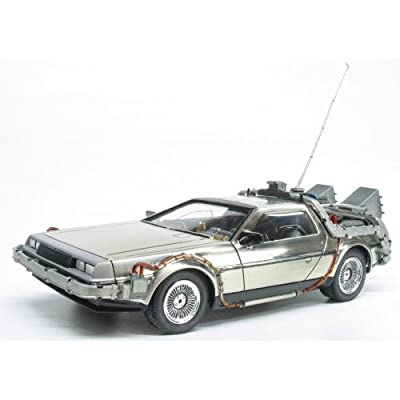 Polar Lights Back to The Future: Time Machine Model Kit (1:25 Scale): Toys & Games