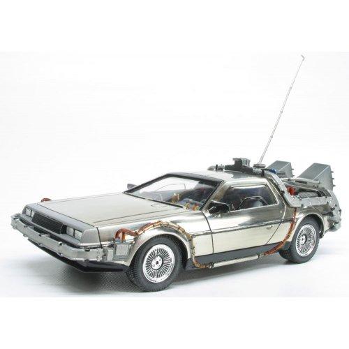 Polar Lights Back to The Future: Time Machine Model Kit (1:25 Scale)