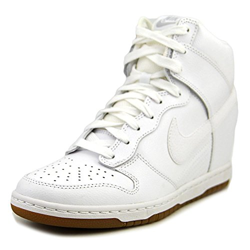 the best attitude b607a ddd9e Nike Women s Dunk Sky Hi Essential Casual Shoe