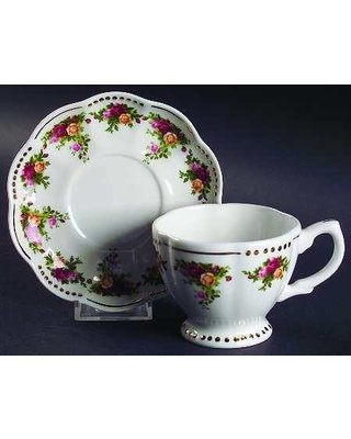 Royal Albert Old Country Roses Golden Pearl Teacup and ()