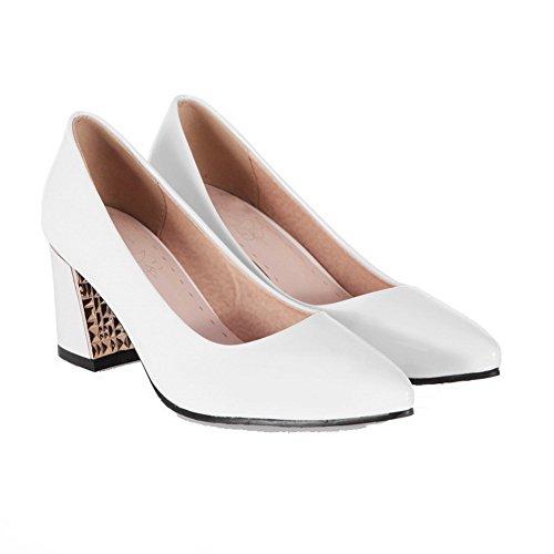 AllhqFashion Damen Spitz Zehe Mittler Absatz Lackleder Rein Ziehen auf Pumps Schuhe Weiß