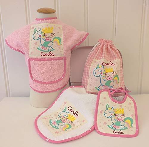 Canastilla bebé personalizada. Regalo original para un recién nacido, personalizado y hecho a mano. Incluye maletita y tarjeton de regalo