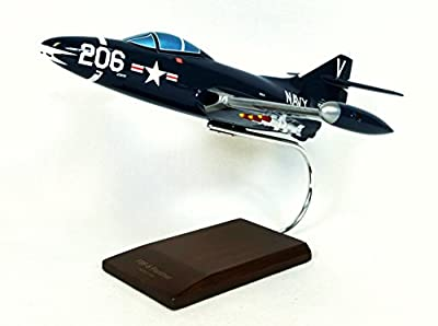 Mastercraft Collection F9F-5 Panther Model Scale: 1/32