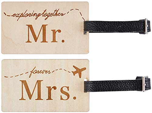 Travelambo Mr Mrs honeymoon Luggage Tags Wood Travel Cute Couples Gift (2 pcs set)
