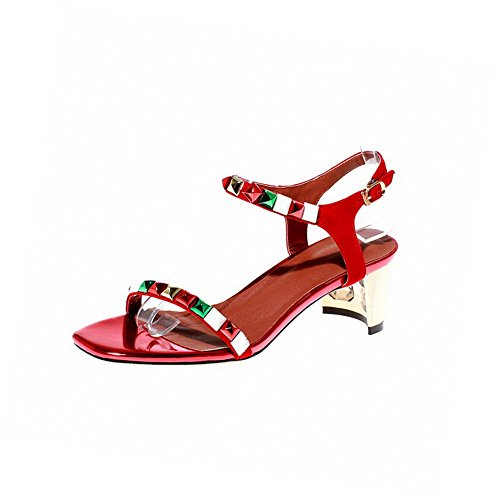 AgooLar Women's Buckle Kitten Heels Imitated Suede Solid Open Toe Sandals Red qsNlwFZ5M