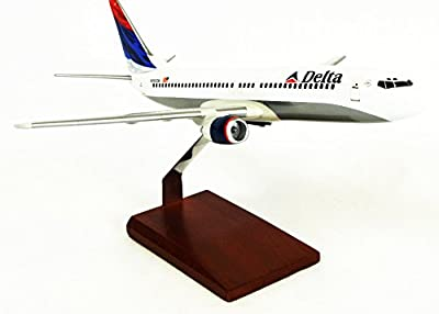 Mastercraft Collection Executive Collection Boeing Delta B737-800 Model Scale:1/100
