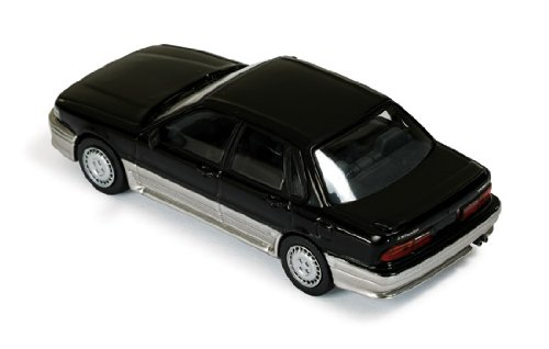 Miniature Mitsubishi Galant noire