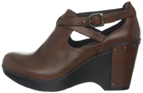 b20e956104 Dansko Women's Franka Wedge - Import It All