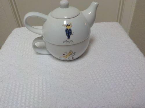 Pottery Barn Reindeer Tea For 1 Donner & Cupid Stacking Individual Teapot & Mug Set (Pottery Barn Teapot)
