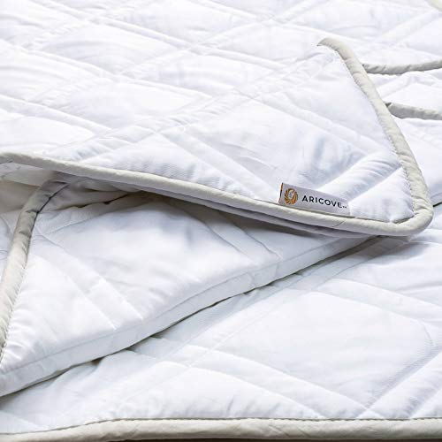 """Aricove Cooling Weighted Blanket, 15 lbs, 48""""x72"""", Certified Premium Soft Bamboo in White Color, Luxury Quality in Twin Size for Individual Use or Gifts"""
