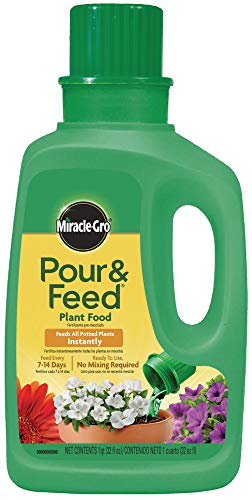Miracle-Gro Pour & Feed Plant Food (Liquid), 32 fl. oz. - 1006002