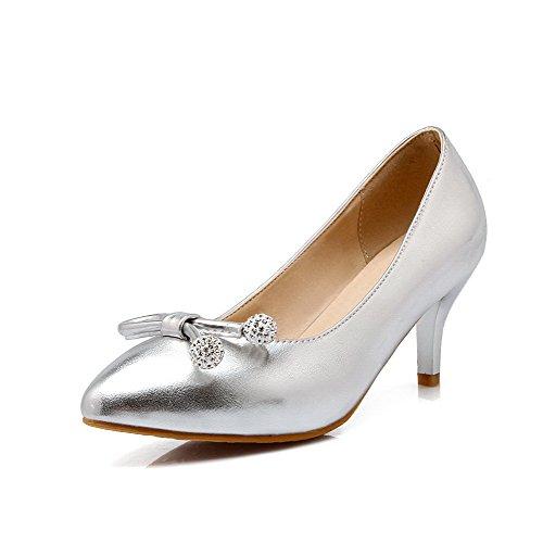 AllhqFashion Damen Ziehen auf Mittler Absatz PU Leder Rein Rund Zehe Pumps Schuhe Silber
