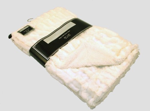 Deco Luxury Faux Fur Sherpa Reversible White Throw Blanket