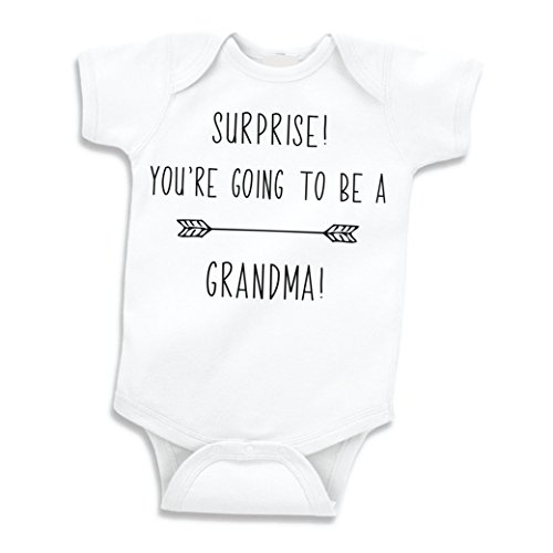 Suprise Pregnancy Announcement Grandma, Newborn Bodysuit (0-3 Months) (Surprise Pregnancy Announcement)