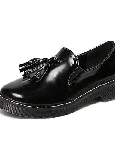 ZQ hug Zapatos de mujer-Tacón Robusto-Comfort / Punta Redonda-Oxfords-Exterior / Casual-Cuero Patentado-Negro / Blanco , white-us8 / eu39 / uk6 / cn39 , white-us8 / eu39 / uk6 / cn39 black-us6 / eu36 / uk4 / cn36