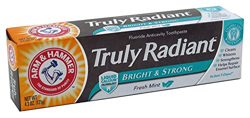 ARM & HAMMER Truly Radiant Bright & Strong Fluoride Anticavity Toothpaste Fresh Mint 4.3 oz ( Packs of 3) ()
