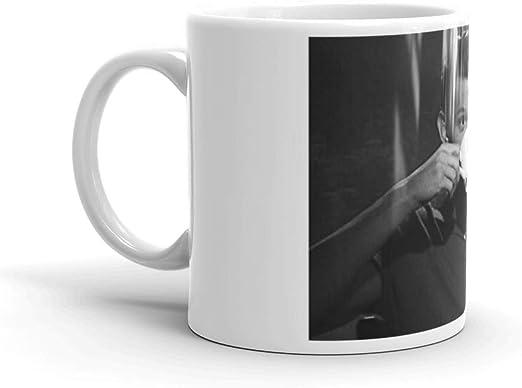 Amazon.com: Tom Holland Taza de té de cerámica blanca de 325 ...
