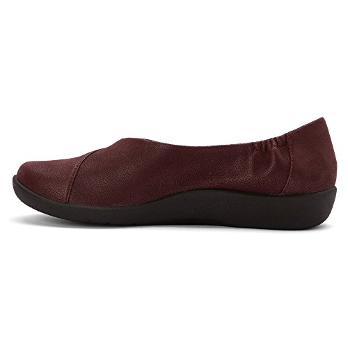 new arrival new arrival online CLARKS Women's CloudSteppers Sillian Jetay Flat Burgundy free shipping footlocker finishline cheap manchester great sale 2ECdW