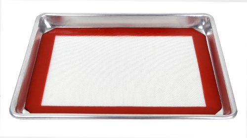 """New star foodservice 38422 commercial-grade 18-gauge aluminum sheet pan/bun pan & silicone baking mat set, 9"""" l x 13"""" w x 1"""" h (quarter size) 2 quality- commercial grade, 18-gauge bakeware is made of pure aluminum which will never rust for a lifetime of durability. Durability- wire reinforced beaded rim helps prevent warping. Baked goods rise and bake evenly due to aluminum's superior heat conductivity. Multi use- more than a sheet pan, use for your cinnamon rolls, sticky buns, yeast rolls, brownies, corn bread, cookies and fruit cobblers."""