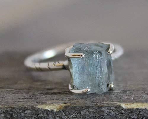 (Raw Aquamarine Gemstone Sterling Silver Ring, size 7)