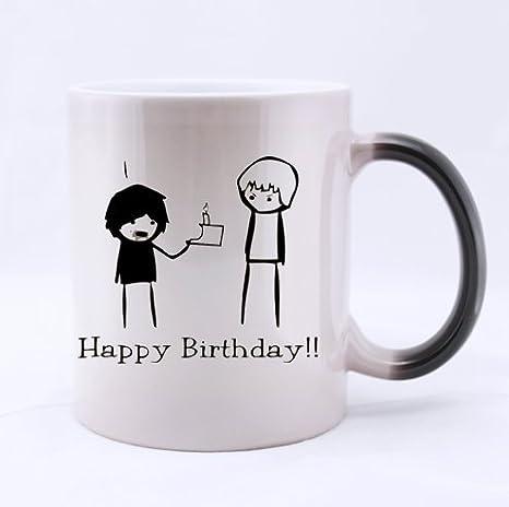 Texto de frases de taza, feliz cumpleaños, y escudo del club ...