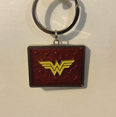 tain Dc Comics Wonder Woman Logo Square Keychain ()