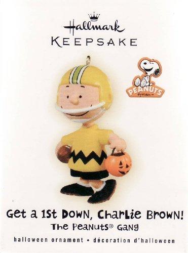 Hallmark 2009 Get a 1st Down Charlie Brown Peanuts Gang Halloween - QFO4002 -
