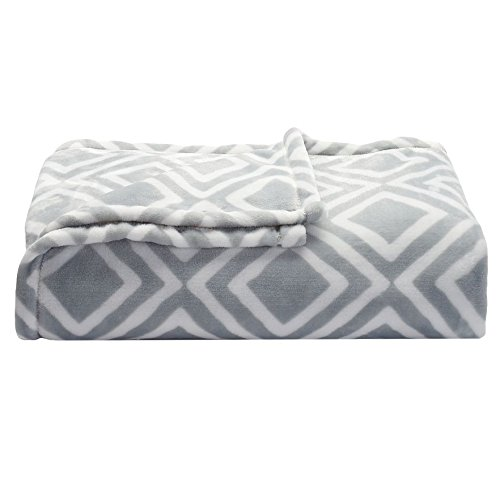 soft-oversized-microplush-blanket-gray-geo