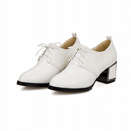 Carolbar Moda Mujer Remache Con Cordones Retro Tachonado Chunky Tacón Medio Oxfords Zapatos Blanco