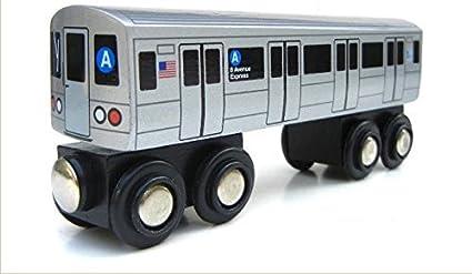 Amazon Com Munipals Mp01 110a Wooden Subway Train New York City