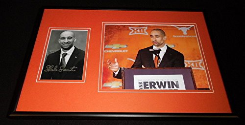 Shaka Smart Signed Framed 12x18 Photo Set Texas