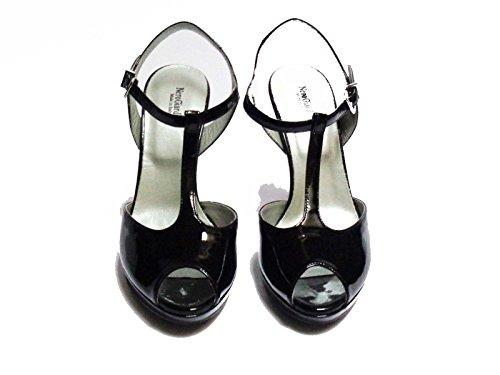 Nero Giardini sandali da donna in vernice col. Nero tacco cm. 11 plateau cm. 2, num. 38
