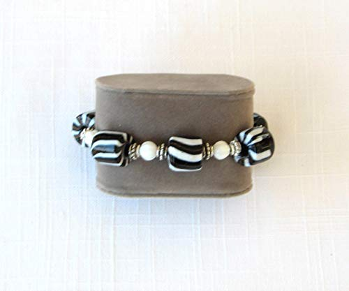 Black and White Silver/Pewter Stretch Kinetic Bracelet. Handmade
