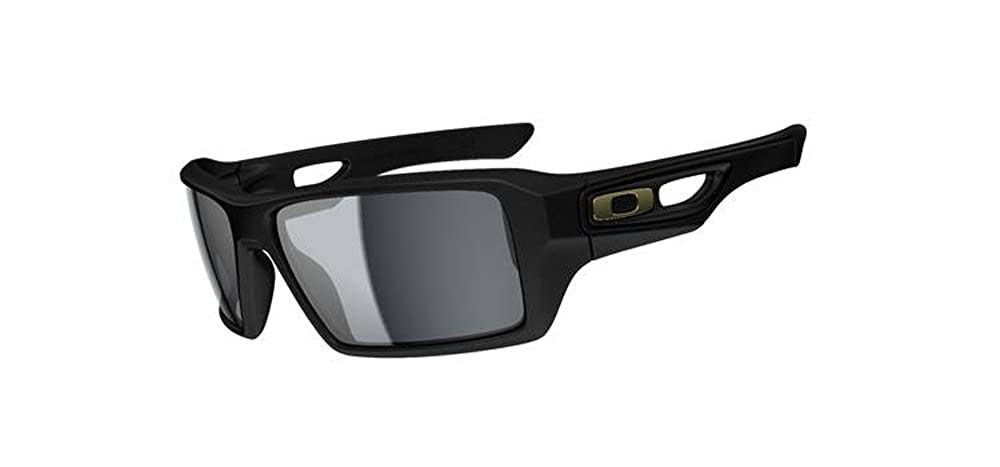 0cf4751997a Amazon.com  Oakley Shaun White Eyepatch 2 Men s Polarized Special Editions  Signature Series Designer Sunglasses - Matte Black Grey One Size Fits All   ...