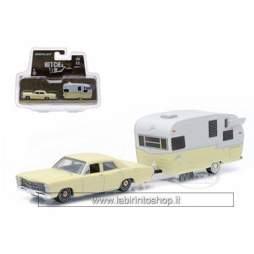 UPC 812982022266, Greenlight Gas Monkey 2014 Ram 1500 & Enclosed Car Hauler