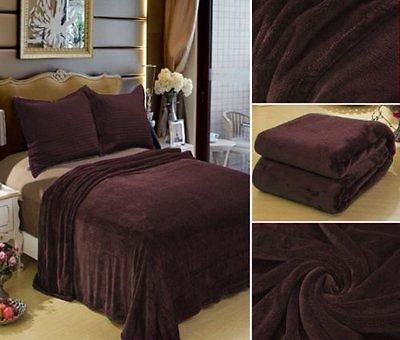 ソリッドカラーPlush ThrowスーパーソフトCozy Blanketクイーンサイズ92 cm × 80 cm ブラウン B00QHEBGJM ブラウン