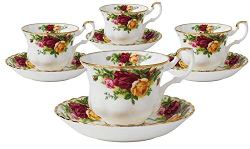 Royal Doulton-Royal Albert Old Country Roses Teacups and Saucers, Set of 4 ()