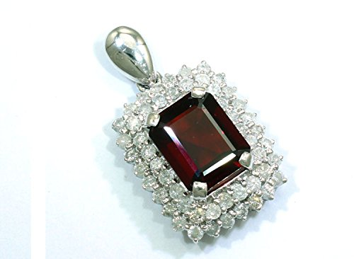 6,8carats Grenat et diamant collier en or blanc 18K