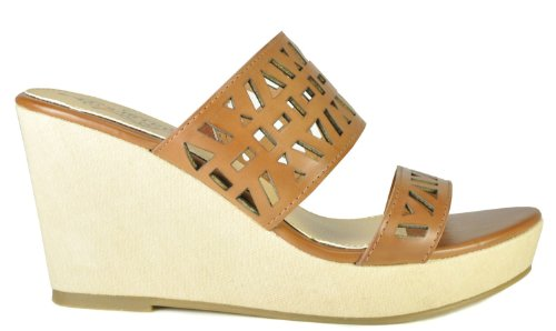 (Kenneth Cole Unlisted Clip in Womens Wedge Sandals Luggage 6.5)