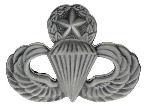 - Sujak Military Items Master Paratrooper Parachutist Hat or Lapel Pin HON14805ansi