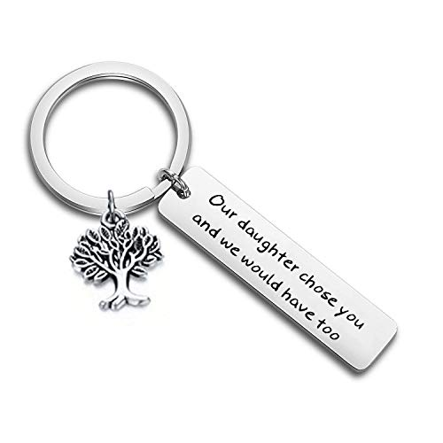 QIIER Son-in-Law Keychain Our Daughter Chose You and We Would Have Too Keychain Gift for Anniversary, Wedding or Family Reunion (Silver)