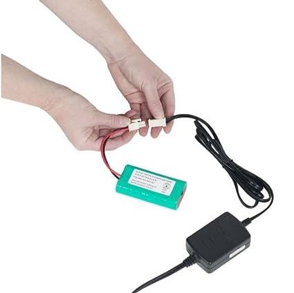 Amazon.com: Woodstream mm120033 Cargador de batería para ...