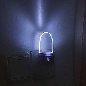 Plug-in Night Light, Smart Dusk to Dawn Sensor, White LED Nightlight, Auto ON/Off Nite Light, Bedroom Bathroom Hallway Kitchen Stairs Kids Nursery, 2-Pack