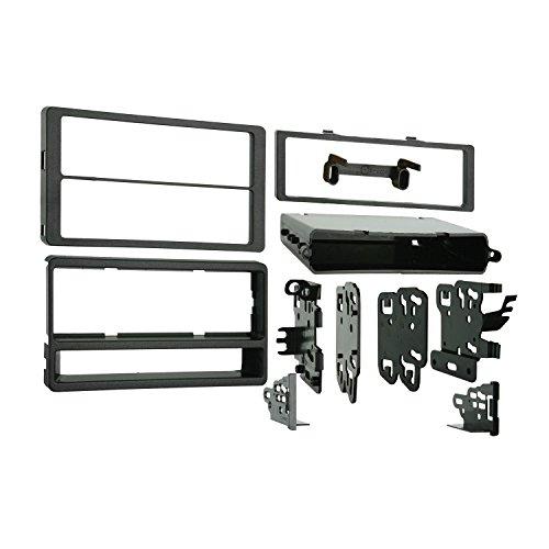 Metra 99-8205 Dash Kit For Pontiac Vibe/Toy Matrix 03-08 (Dash Kit 8)