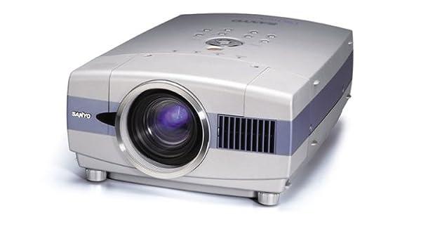 Sanyo PLC-XT16 XGA Digital Multimedia Projector Video: Amazon.es ...