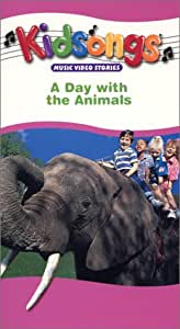 Amazon.com: Kidsongs - A Day With the Animals [VHS]: Bruce ...