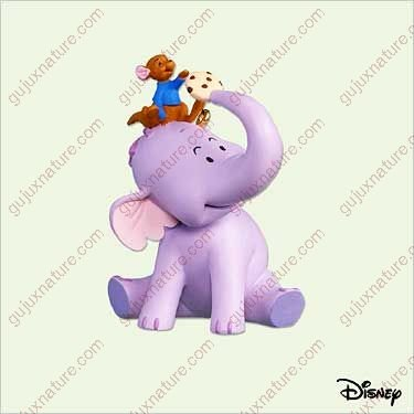 WINNIE THE POOH - UNLIKELY FRIENDS 2005 Hallmark Ornament QXD4215 ()