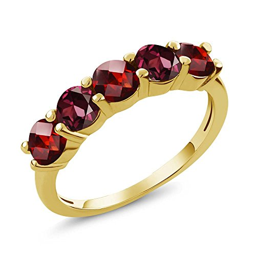 Gem Stone King 1.19 Ct Round Checkerboard Red Garnet Rhodolite Garnet 18K Yellow Gold Plated Silver Wedding Band Ring (Size 7)