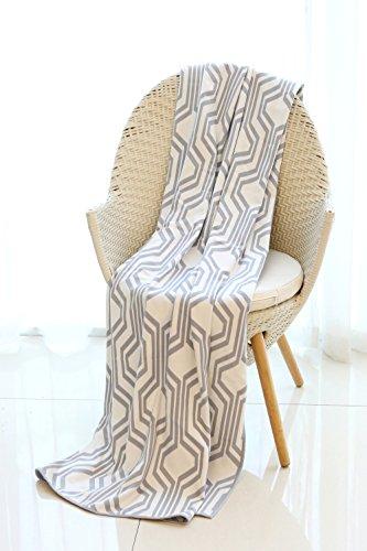 Mika Home Geometric Pattern Cozy Bamboo Fiber Oversized Thro